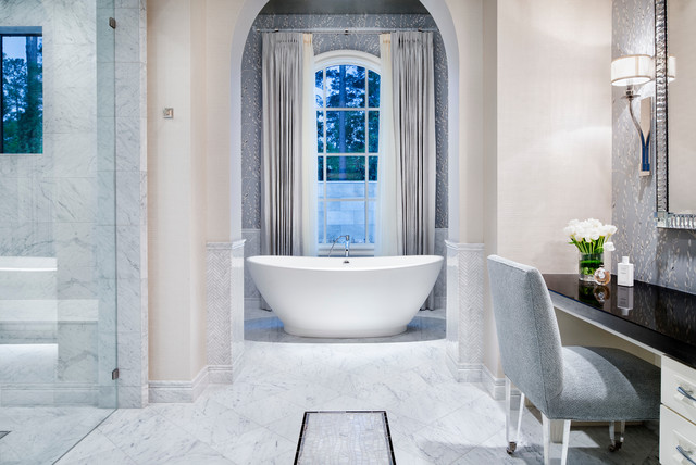 Classic Transitional traditional-bathroom