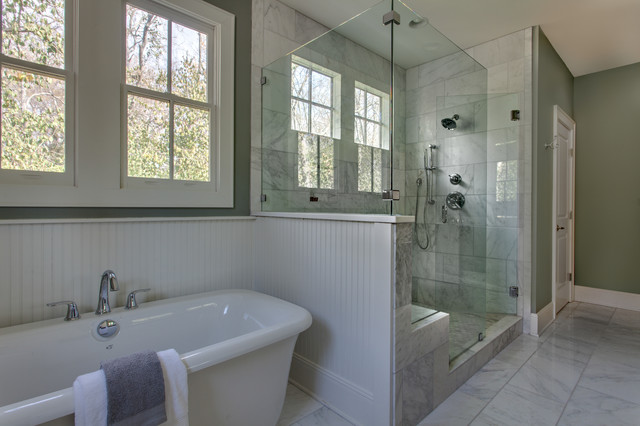 Bathroom Remodel Ideas With Beadboard : Classic white marble master bath with painted beadboard