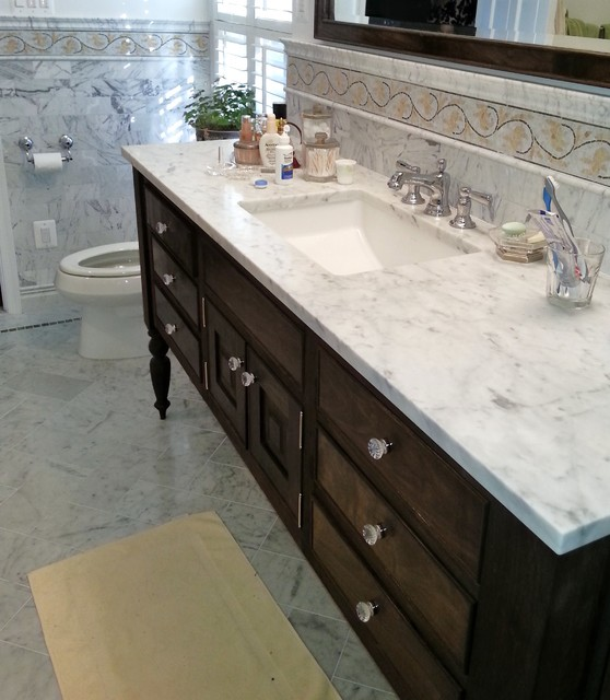 CLASSIC WHITE MARBLE TILE traditional-bathroom