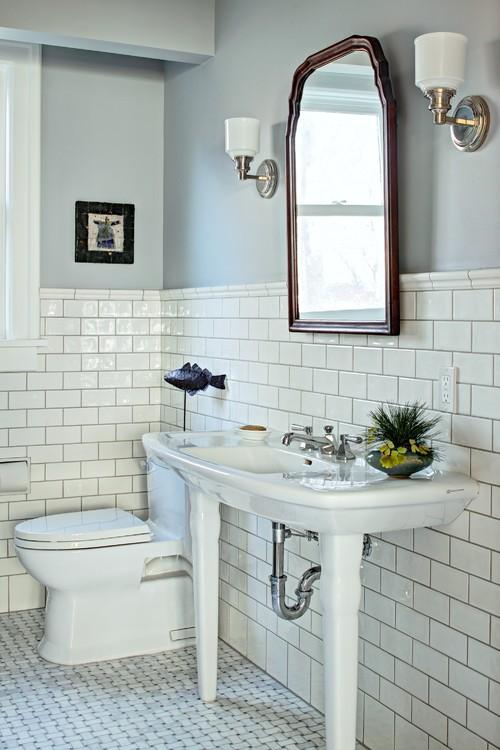 Classic white master bath