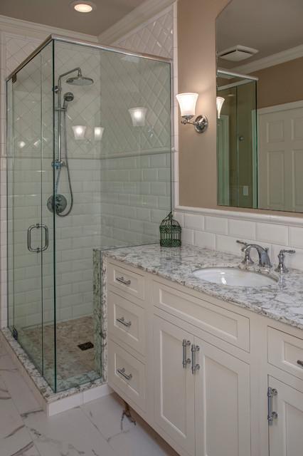 Classic White Sammamish Bathroom Traditional Bathroom