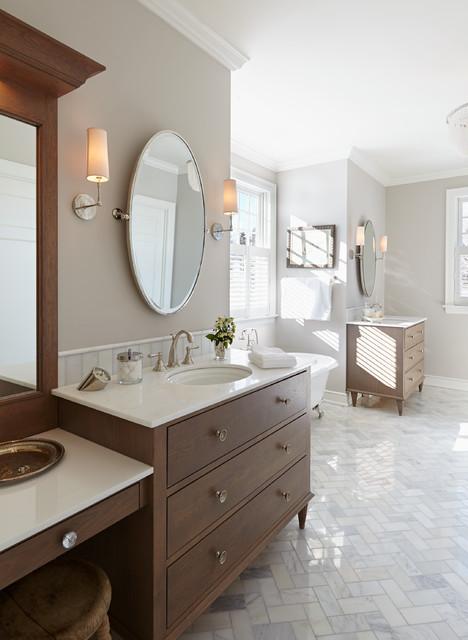Classical nantucket dream home beach style bathroom for Nantucket style bathrooms