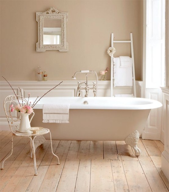 clawfoot tub traditional bathroom