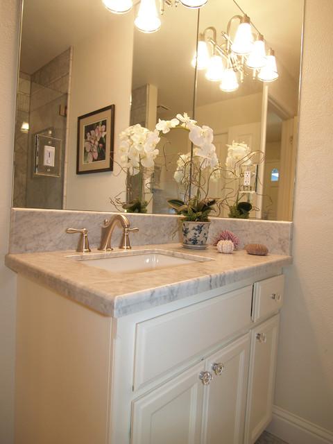 Clean, Crisp Three Piece Bath - Traditional - Bathroom ...