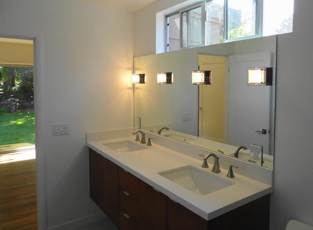 Clerestory Windows Natural Lighting Element Modern Bathroom