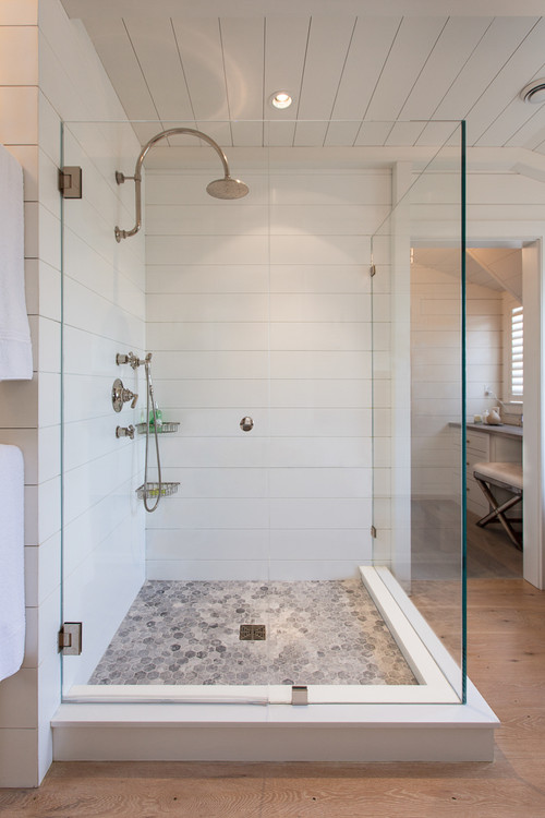 Look Shiplap Keep A Beach Inspired Look Going Right Through The Bath