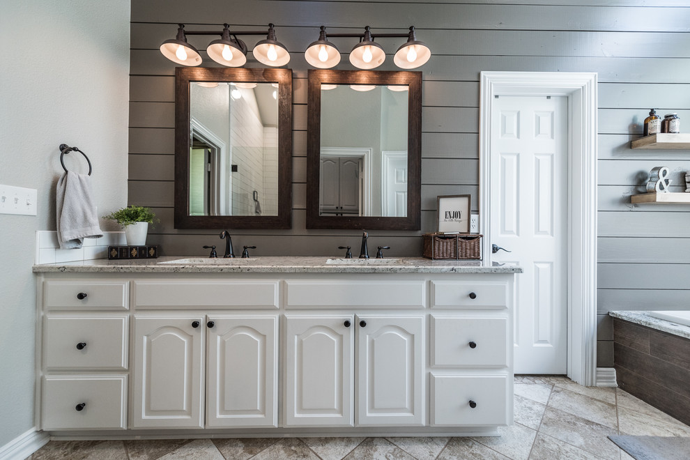 Coach's Quarters - Farmhouse - Bathroom - Dallas - by ...
