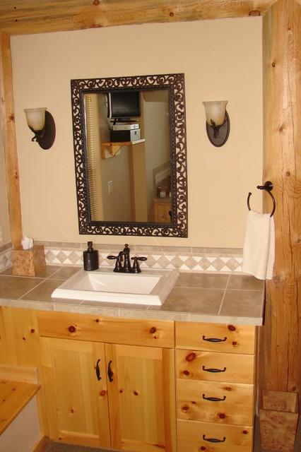 Coeur d'Alene, ID traditional-bathroom