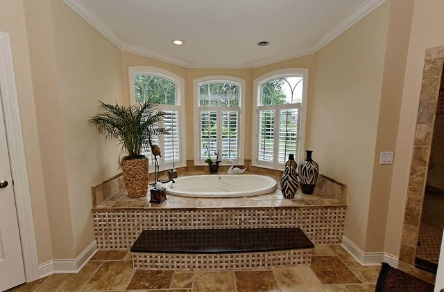 Collection traditional-bathroom
