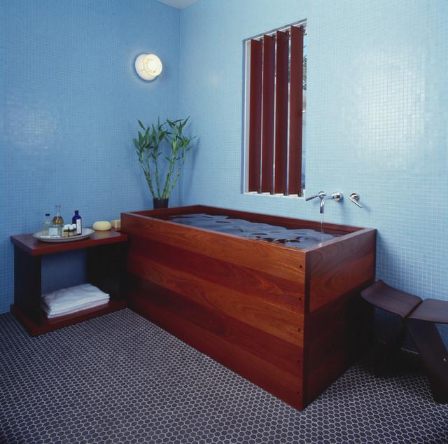 Collingwood modern-bathroom