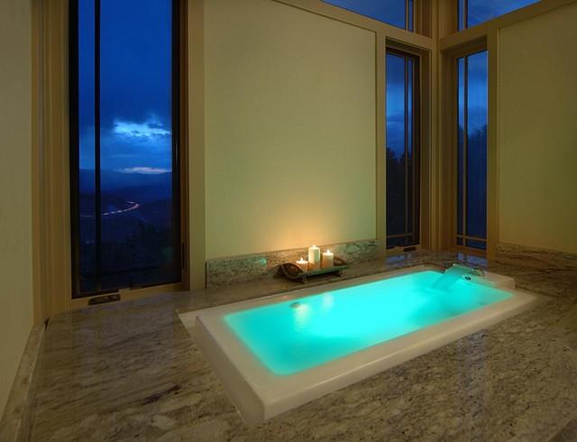 Colorado Master Builders contemporary-bathroom