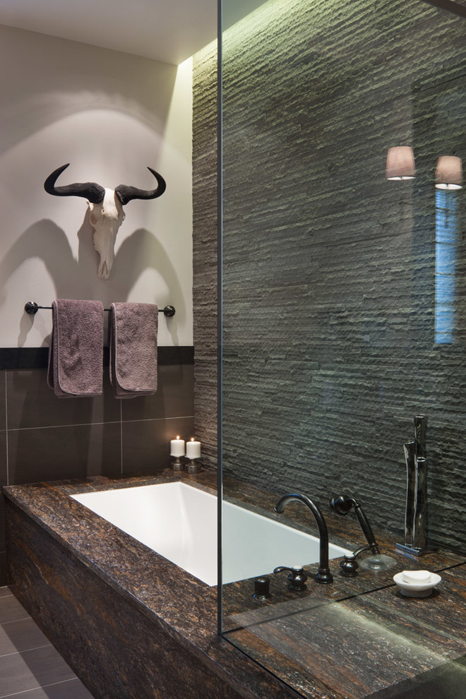 Example of a transitional bathroom design in Philadelphia