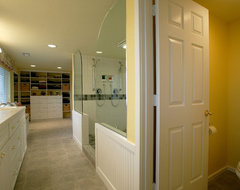 Comfy Master Bath traditional bathroom