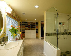 Comfy Master Bath traditional-bathroom