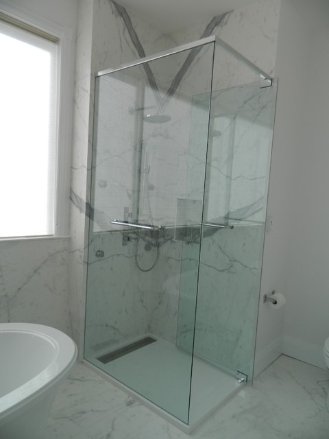 Compact Shower Stall Modern Bathroom Toronto By