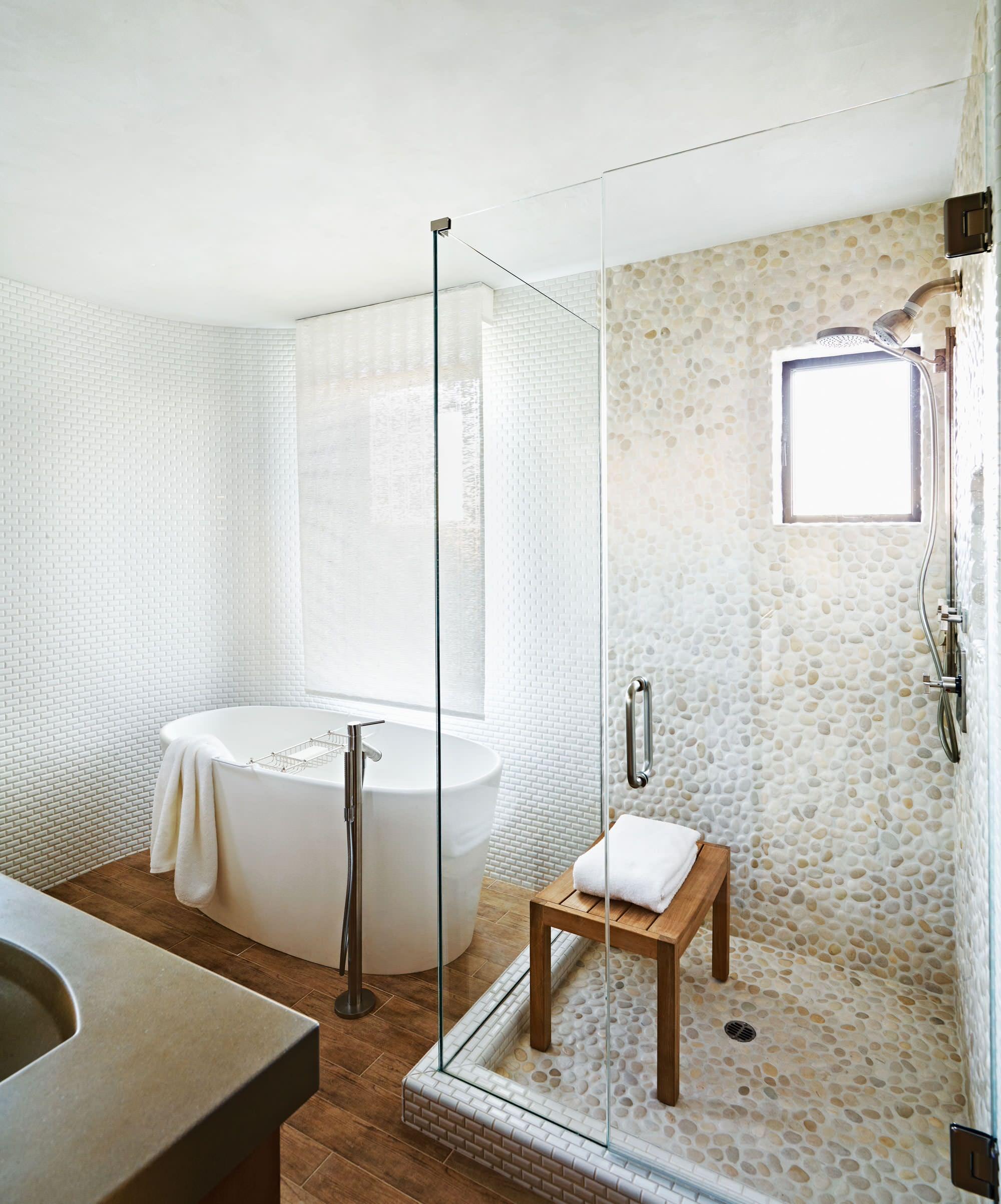 Pebble Tile Bathroom Pictures Ideas