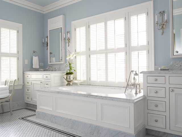 Inspiration for a timeless bathroom remodel in Seattle
