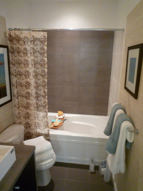 Concord Display Suite traditional-bathroom