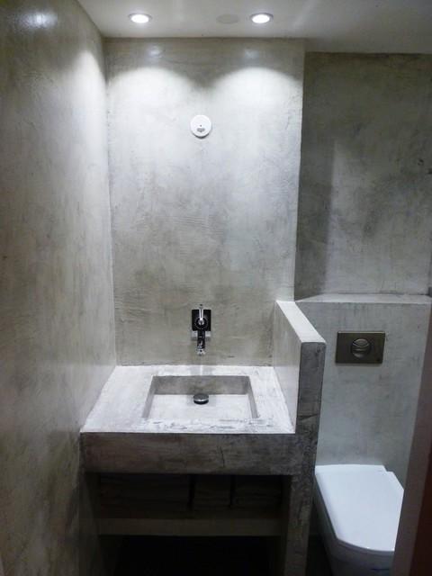 Concrete Wall Complete Bathroom Modern Bathroom