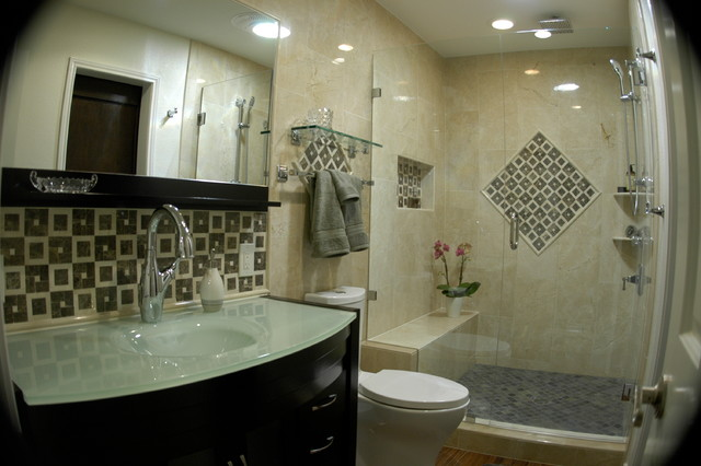 Condo bathroom remodel traditional bathroom austin for Condo bathroom designs