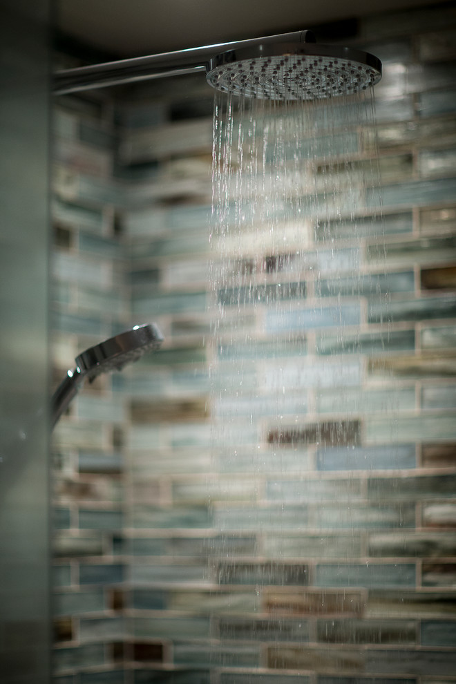 Inspiration for a small contemporary 3/4 blue tile and mosaic tile corner shower remodel in Toronto