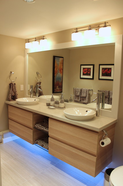 Condo ensuite bathroom transitional bathroom for Ensuite lighting ideas