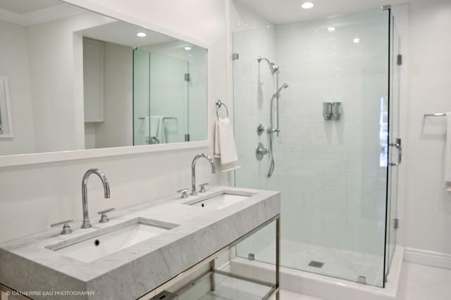 Condo renovation in santa monica ca classique chic - Salle de bain classique chic ...