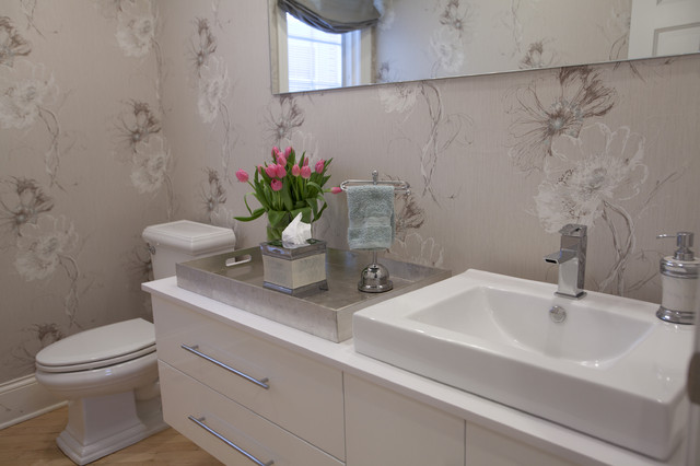 Courtney Connolly Design modern-bathroom