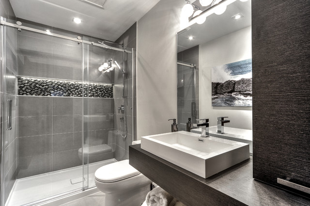 Contemporain chic for Bathroom design montreal