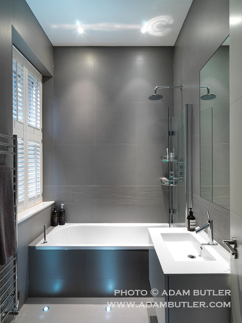 Contemporary apartment in hampstead village north london for Bathroom design north london