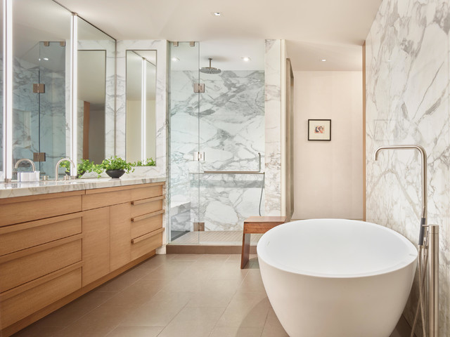 Midwest remodel contemporary bathroom omaha by for Midwest kitchen and bath