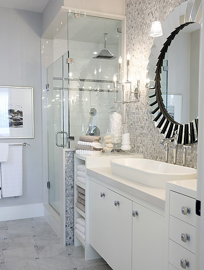 Sarah Richardson contemporary bathroom