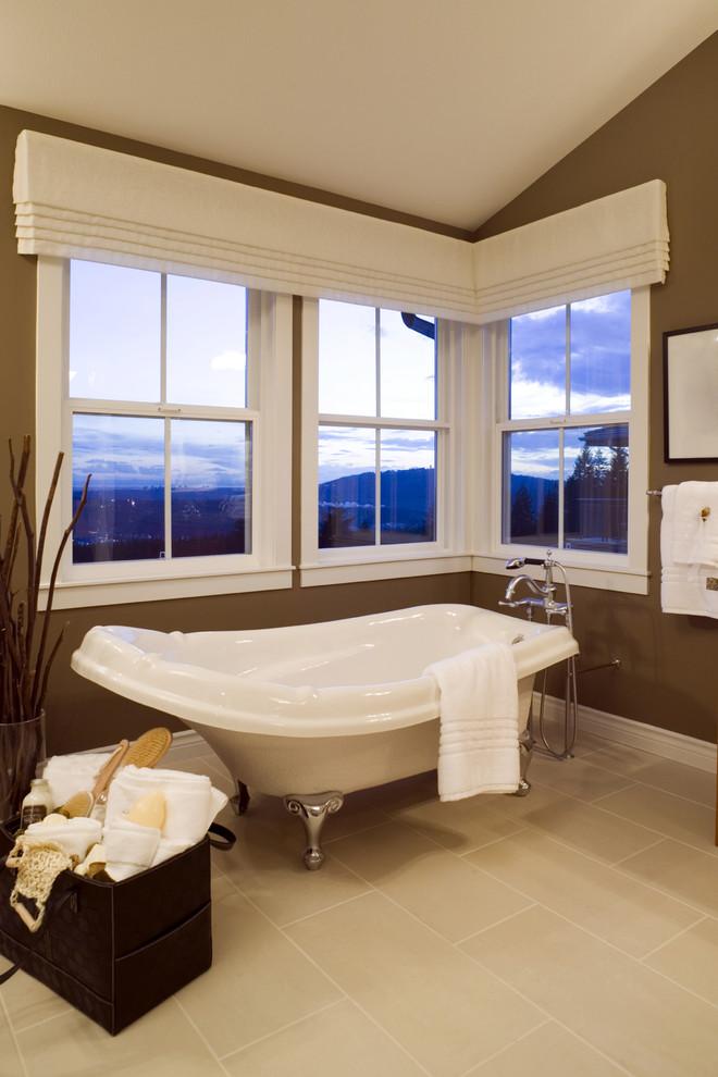 Claw-foot bathtub - contemporary claw-foot bathtub idea in Austin