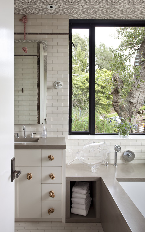 The Hillside House modern bathroom