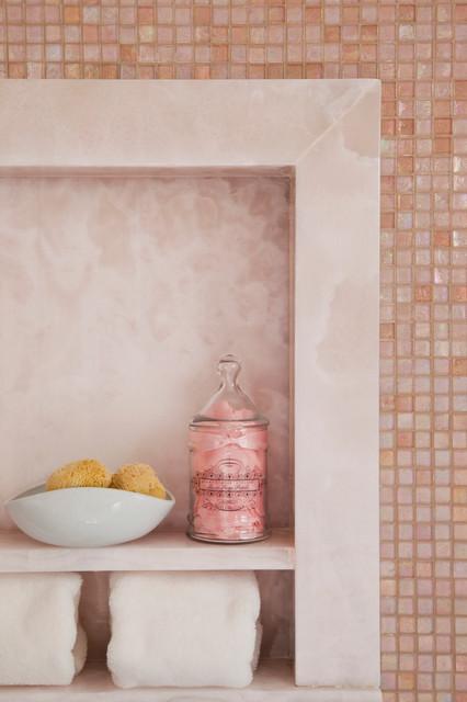 Denise richards residence contemporary bathroom los for Denise richards home decor