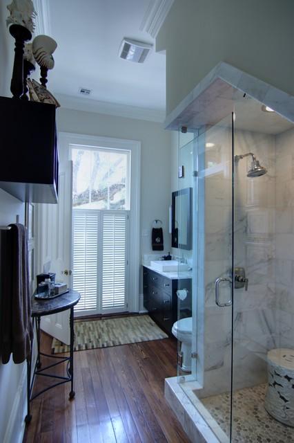 Book of bathroom vanities new orleans in spain by noah for Bathroom new orleans