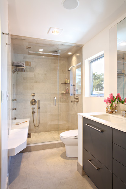 Contemporary condo renovation contemporary bathroom for Small luxury bathrooms ideas
