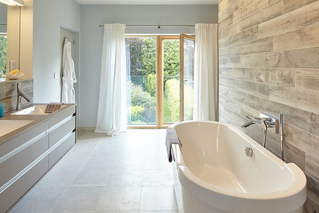 Contemporary Country House In Berkshire Contemporary Bathroom South East By Lucy