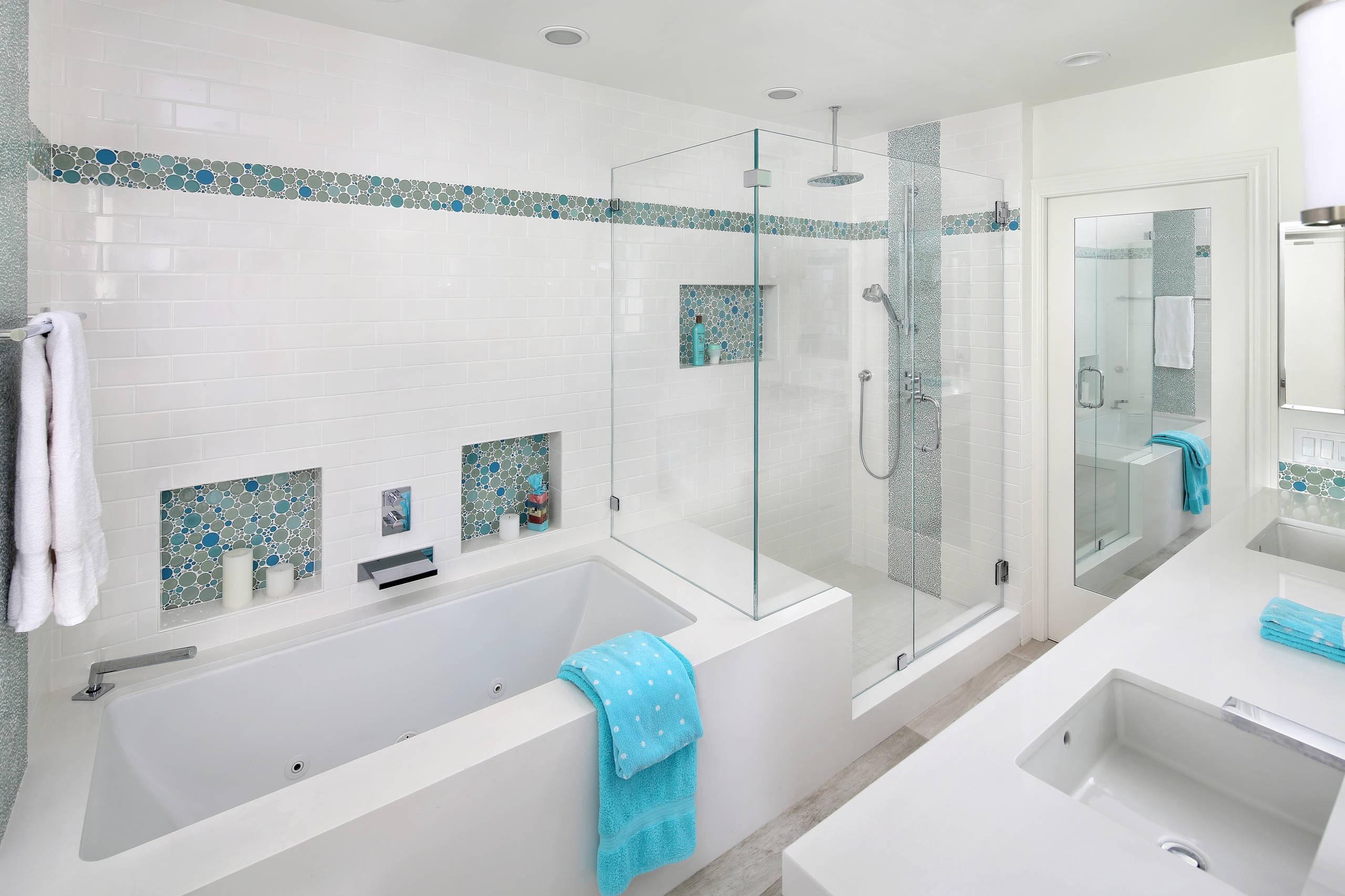 Contemporary girls bathroom