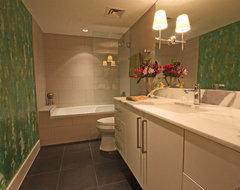 Contemporary high rise contemporary-bathroom