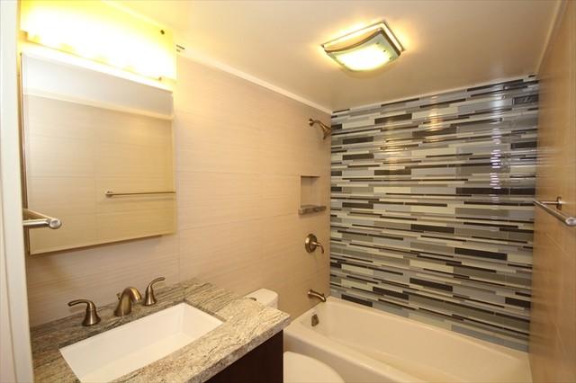 Contemporary hotel style bath contemporary bathroom for Bathroom design hotel style