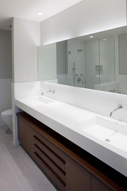 Streeterville Condo, Chicago Condo modern-bathroom