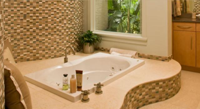 Contemporary Luxury Home Design modern-bathroom