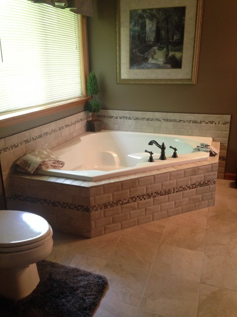 Contemporary Rustic Bathroom Revamp - Traditional - Bathroom - cincinnati - by Lowes West Chester