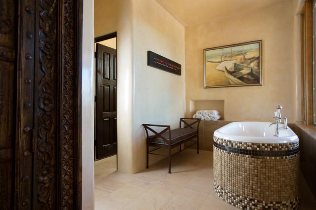 Contemporary rustic home in santa fe southwestern for Santa fe style bathroom ideas