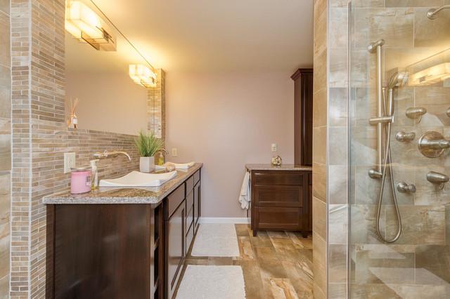 Contemporary Sleek contemporary-bathroom