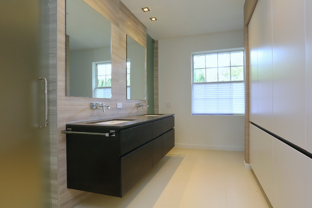 Contemporary townhouse renovation contemporary for Townhouse bathroom designs