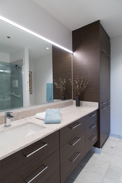 Contemporry Floating Bathroom Vanity and Linen Tower ...
