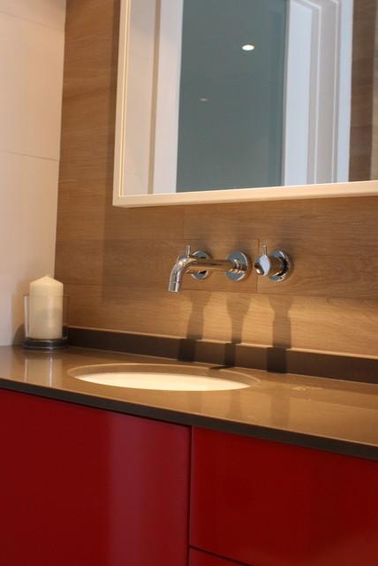 Continuum South Beach modern-bathroom
