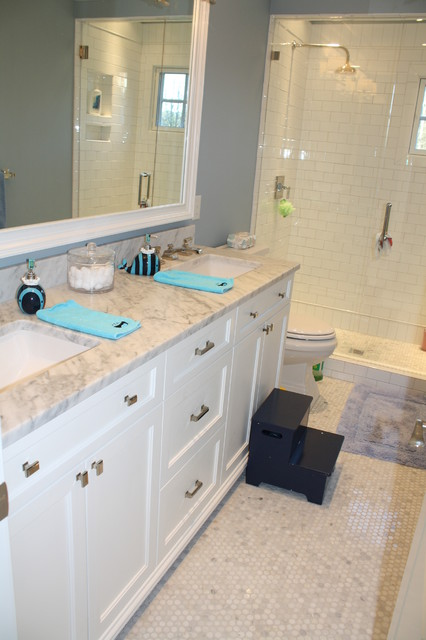 Cool Green Is Another Great Color To Use On A Bathroom Vanity This Fun Yet Elegant Kids Bathroom Vanity Stands Out In An Otherwise Allwhite Bathroom And Looks Very Modern When Paired With Chrome Silver Hardware For A Softer Look, Mint